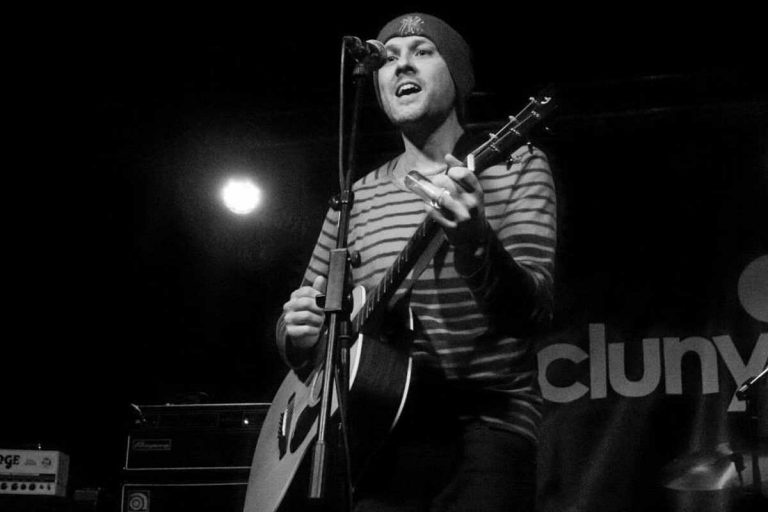 Gus Munro live at the Cluny